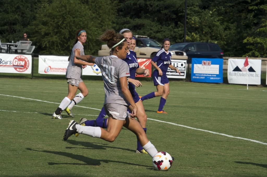 Rachel Mayse prepares a shot against opposing team. Photo courtesy of USI Photo Services